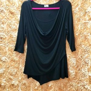 2/$40 🖤Thyme Black Blouse 👚 Very Soft